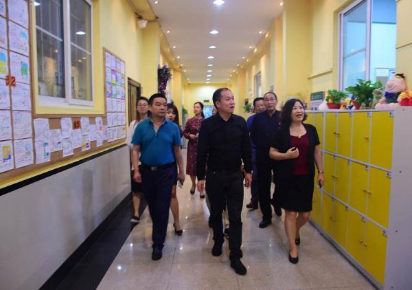马占军会长带队赴大连市枫叶国际教育集团考察纪实